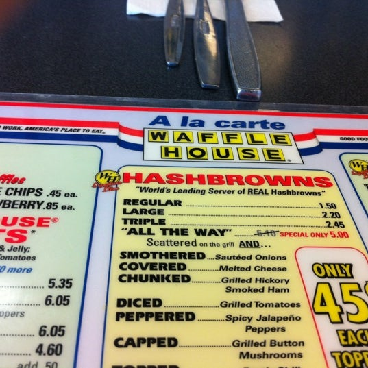 Photo taken at Waffle House by Wiley C. on 4/15/2012
