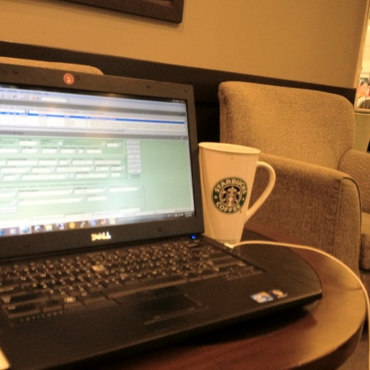 Photo taken at Starbucks by Peerapong A. on 2/18/2012