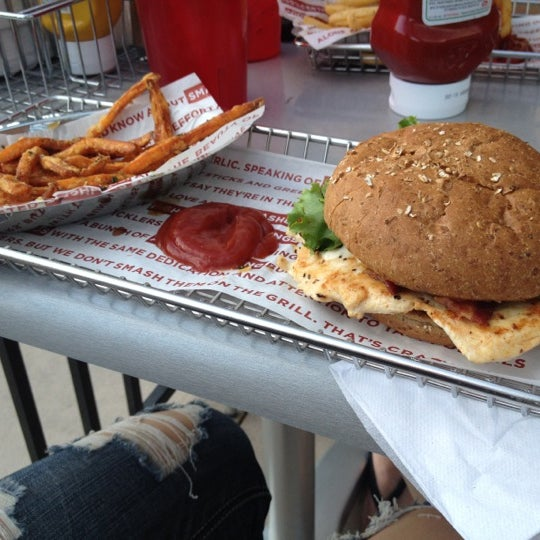 Photo taken at Smashburger by Caitlyn P. on 7/20/2012