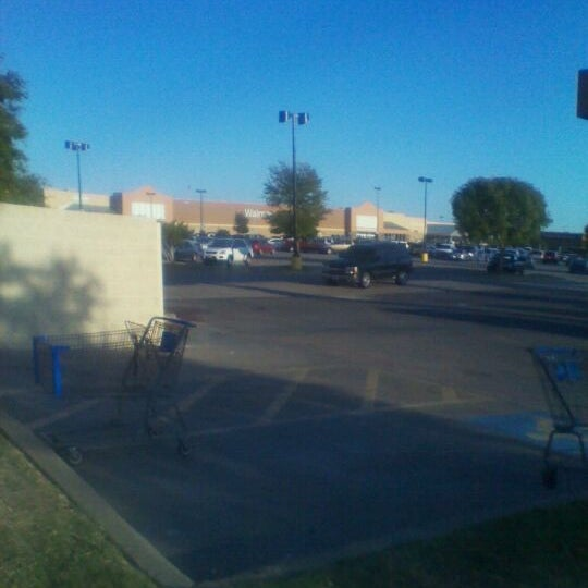 Photo taken at Walmart Supercenter by Dion W. on 10/3/2011