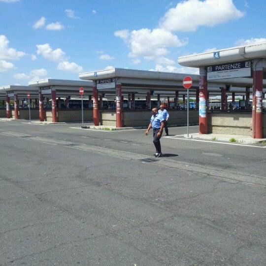 Foto scattata a Terminal Bus Anagnina da Mauro C. il 6/13/2012