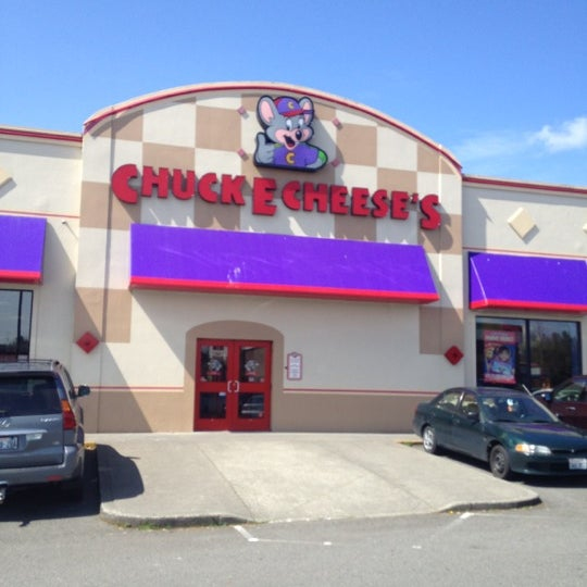 Experience great food and fun for all ages! Whether you're looking for a destination for a weekday family outing or a venue for kids birthdays, group events and fundraisers, we've got you covered. Visit Chuck E. Cheese's, Where A Kid Can Be A Kid®!