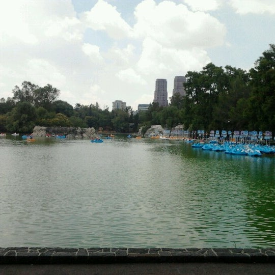 Photo taken at Bosque de Chapultepec by Elisaa J. on 7/6/2012