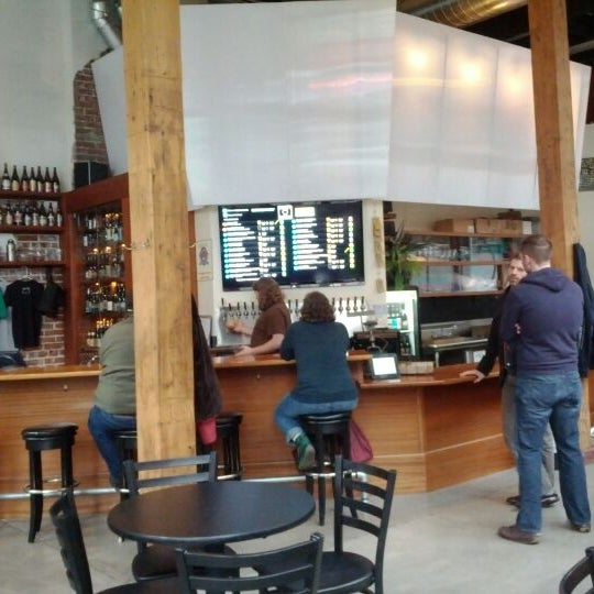 Photo taken at Bailey's Taproom by Jeff M. on 1/31/2012