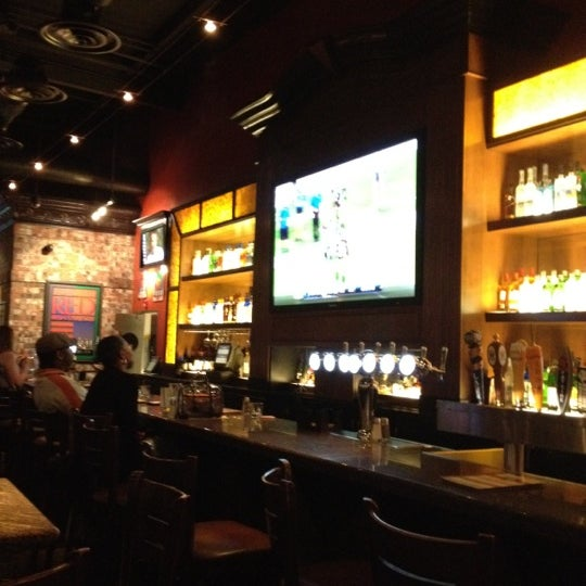 Bj 39 s restaurant and brewhouse american restaurant in for American cuisine restaurants in dc