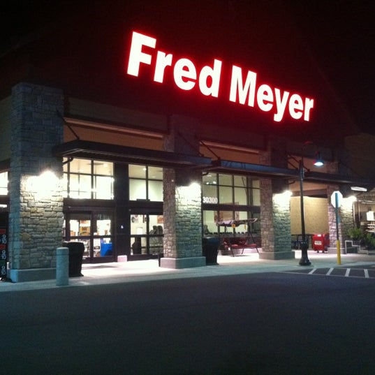 Fred Meyer - Grocery Store
