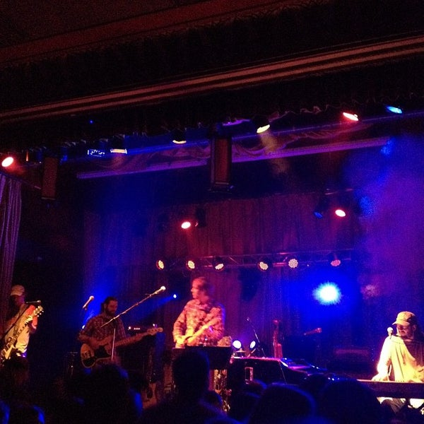 Photo taken at The Beachland Ballroom & Tavern by John H. on 11/26/2011