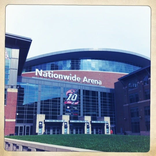 Photo taken at Nationwide Arena by Stefanie O. on 11/4/2011