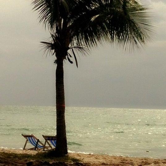 Photo taken at หาดทรายแก้ว (Sai Keaw Beach) by Oilyzaa on 6/17/2012