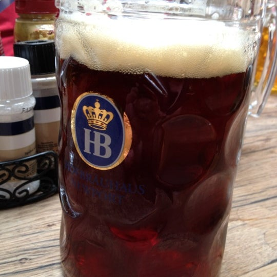 Photo taken at Hofbräuhaus Newport by onecorpsestands on 9/9/2012