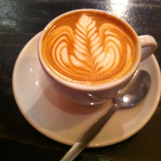 Photo taken at Flat White by Leslie Z. on 6/28/2012