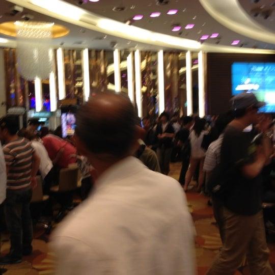 Photo taken at Seven Luck Casino by Yukitaka N. on 6/6/2012