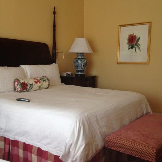 Photo taken at Four Seasons Hotel Westlake Village by Allan G. on 4/2/2012