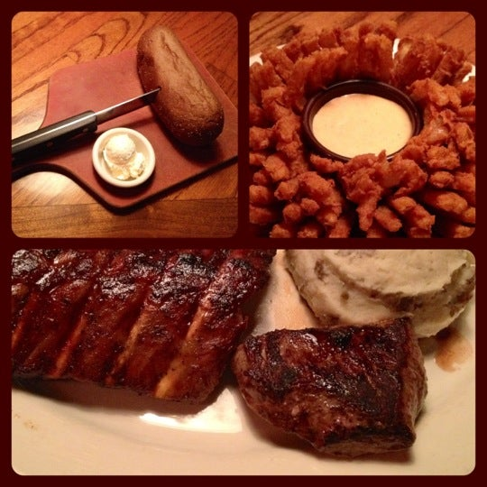 Photo taken at Outback Steakhouse by Leonardo P. on 12/18/2011