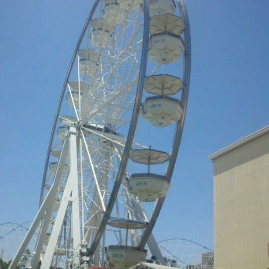 Photo taken at Ferris Wheel At The Pike by Shannon B. on 6/7/2012