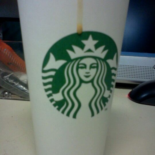 Photo taken at Starbucks by Krissi R. on 10/27/2011