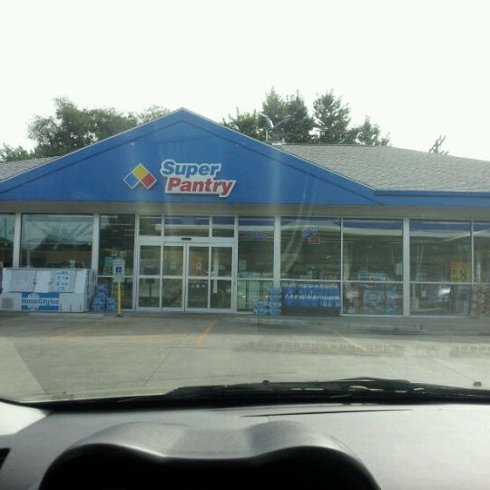 super pantry convenience store in springfield