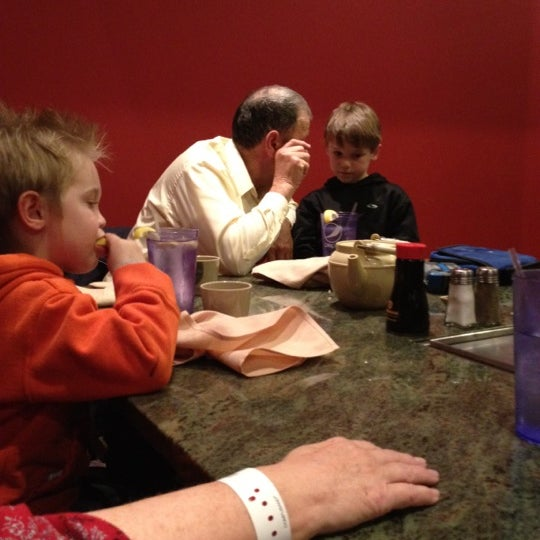Photo taken at Wasabi Steakhouse & Sushi Bar by Desiree R. on 2/27/2012