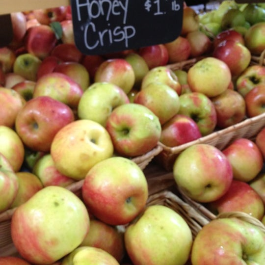 Photo taken at Mann Orchards Farm Store & Bakery by Lynn S. on 9/6/2012