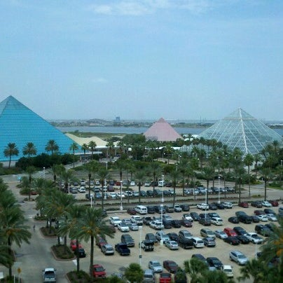 Moody Gardens Visitor Center Resort In Galveston