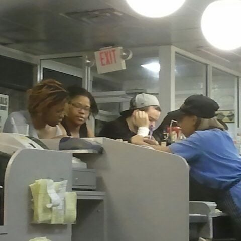 Photo taken at Waffle House by Jahn Q. on 2/19/2012