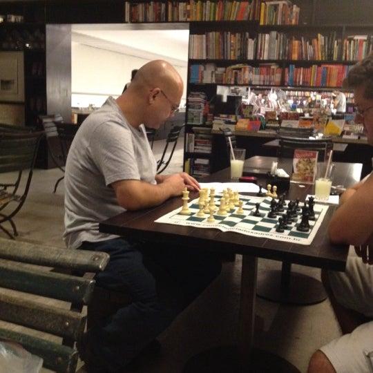 Photo taken at Livraria da Vila by Jose Luiz G. on 3/15/2012