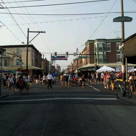 Photo taken at Night Market Washington Avenue by Sindhu N. on 6/28/2012