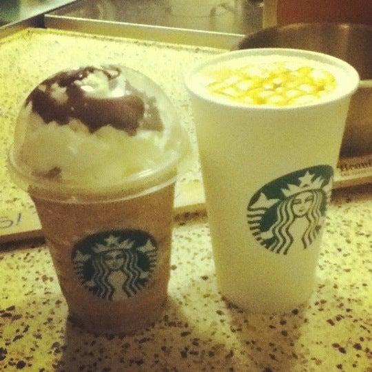 Photo taken at Starbucks by Lorreine J. on 9/3/2012