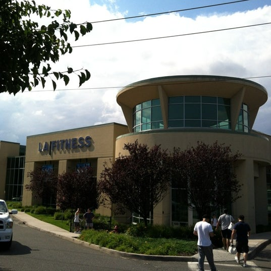 Photo taken at LA Fitness by Larnel W. on 6/25/2012