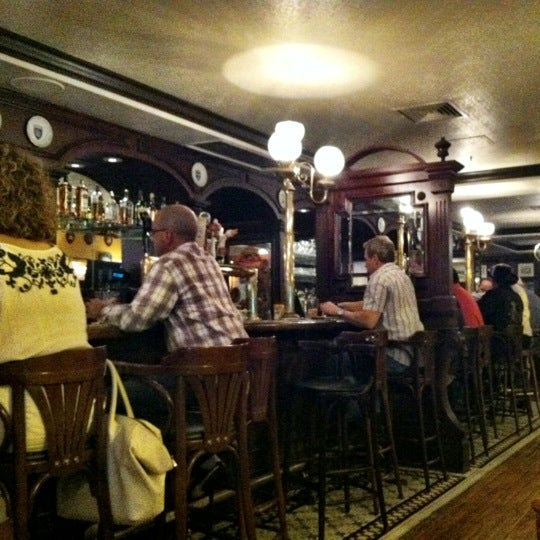 Photo taken at Kitty O'Sheas by Kevin K. on 8/17/2012