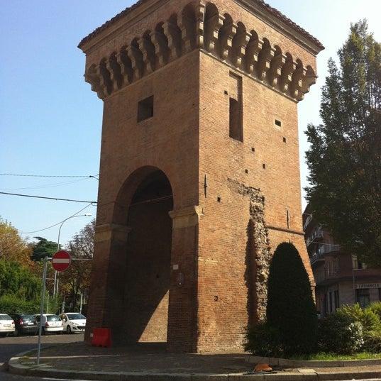 Porta di bologna - Piazza di porta saragozza bologna ...