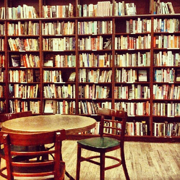 Photo taken at Housing Works Bookstore Cafe by Jarvis M. on 8/29/2012