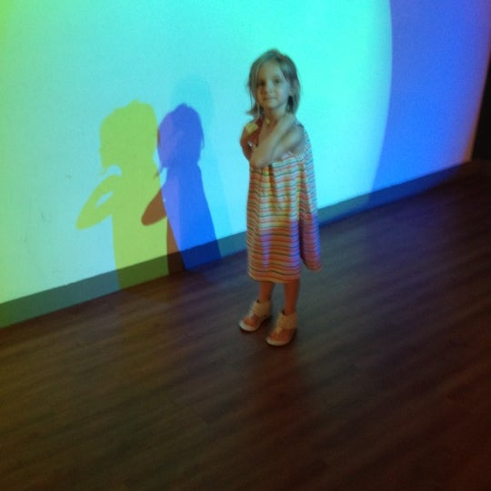 Photo taken at Museum of Discovery Little Rock by Lucas K. on 4/1/2012