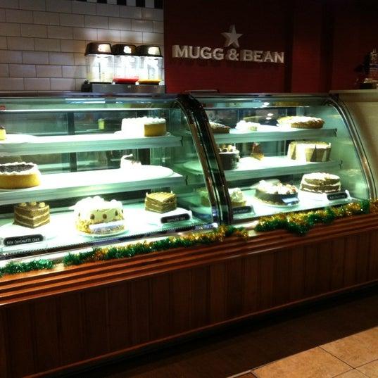 Photo taken at Mugg & Bean by Jon-Luke L. on 12/28/2011