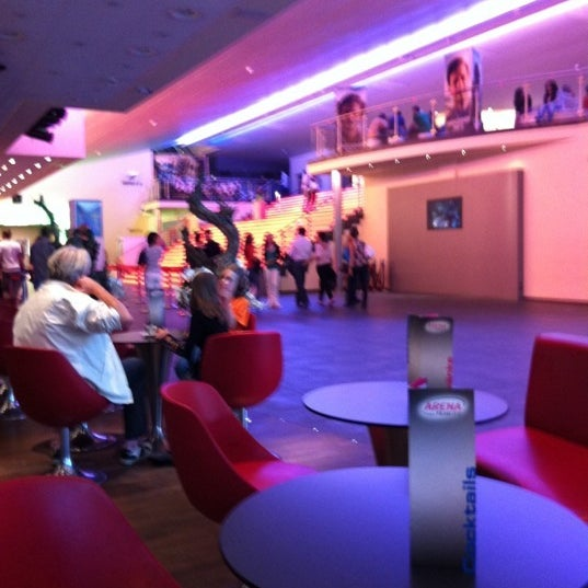 arena cinemas multiplex in z rich. Black Bedroom Furniture Sets. Home Design Ideas