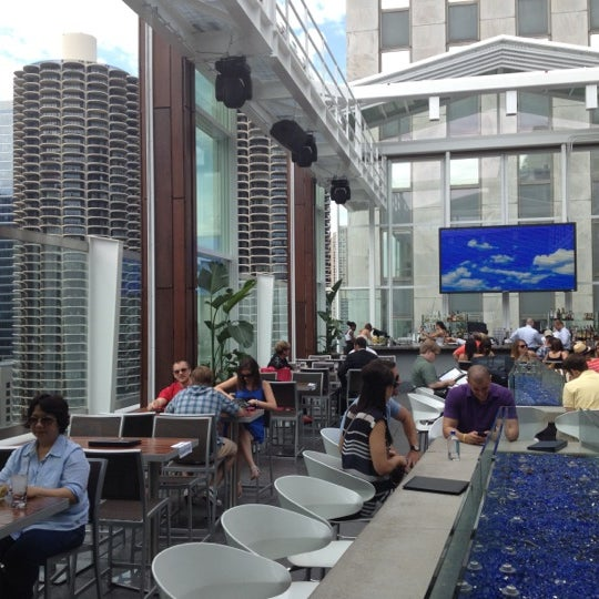 Photo taken at theWit Chicago - A DoubleTree by Hilton Hotel by Zack P. on 5/25/2012