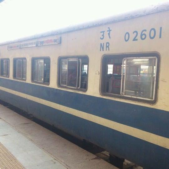 Photo taken at New Delhi Railway Station (NDLS) by Navpreet Singh G. on 5/11/2012