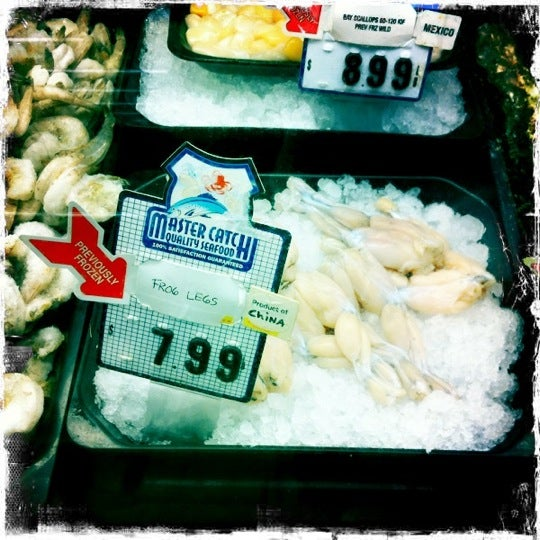 Photo taken at Save Mart by Teresa W. on 7/29/2011
