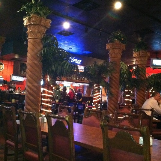 Photo taken at Mamacitas Mexican Restaurant by ✈The W. on 3/6/2012
