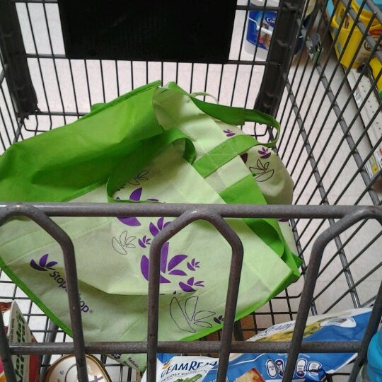 Photo taken at Stop & Shop by Jacqueline C. on 8/12/2012