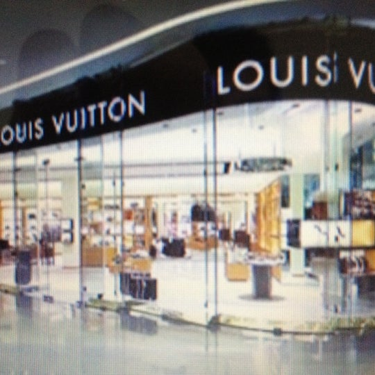 Photo taken at Louis Vuitton by Bogdan A. on 12/3/2011
