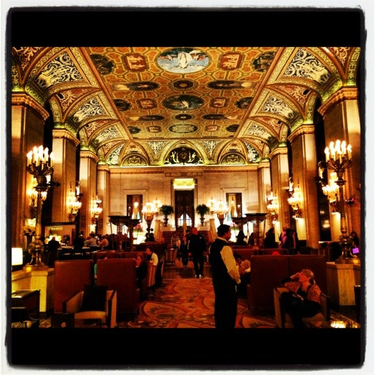 Palmer House - A Hilton Hotel - The Loop - 17 E Monroe St