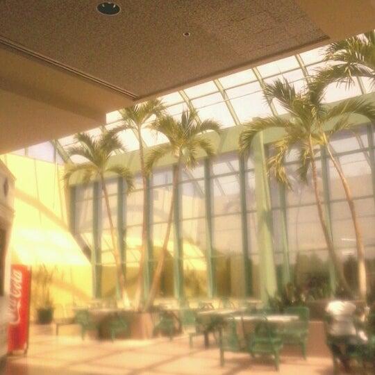 Galleria At Crystal Run Food Court