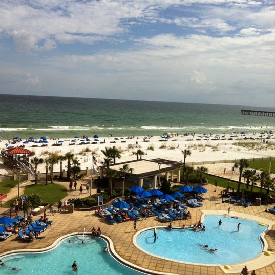 Photo taken at Hilton Pensacola Beach Gulf Front by Guilhermo C. on 7/21/2012