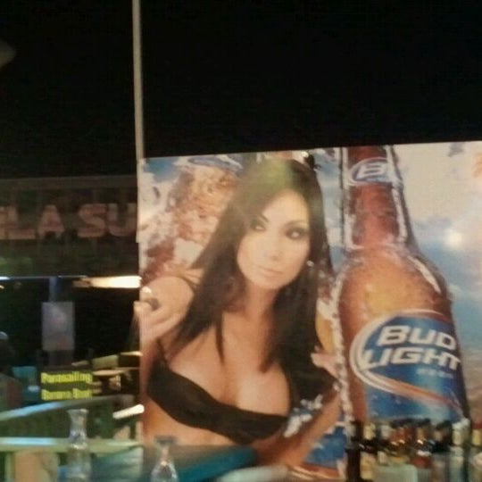 Photo taken at Tequila Sunset by Vasili on 9/4/2011