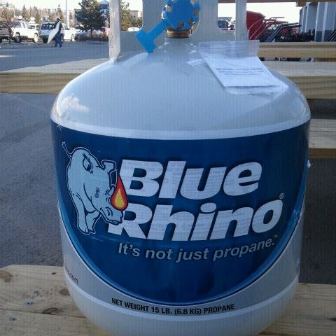 Photo taken at Lowe's Home Improvement by Zapp B. on 4/20/2012