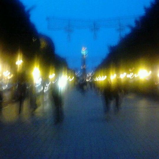 Photo taken at Avenue Habib Bourguiba I شارع الحبيب بورقيبة by Nabil B. on 5/4/2012