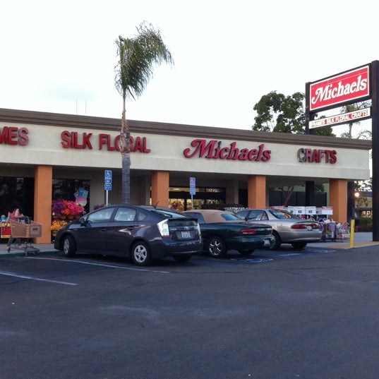 michaels arts crafts store in north clairemont. Black Bedroom Furniture Sets. Home Design Ideas