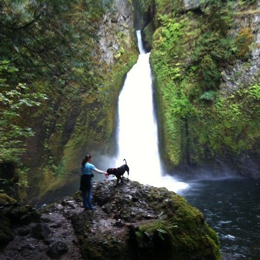 Photo taken at Wahclella Falls Trailhead by Nancy J. on 10/12/2011