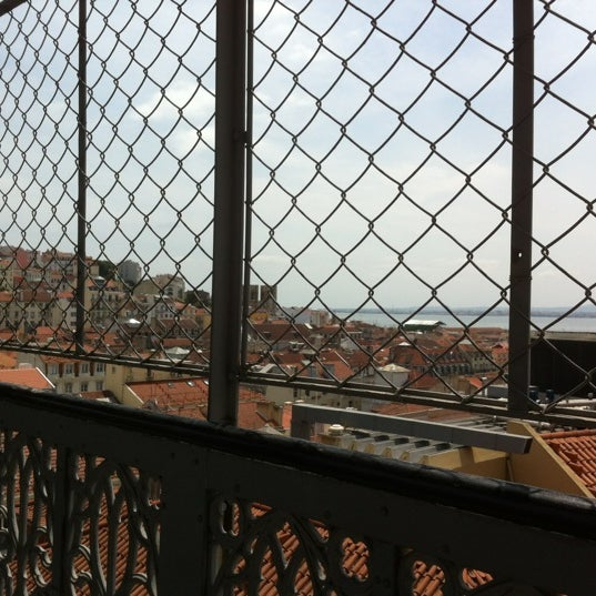 Photo taken at Elevador de Santa Justa by Lina V. on 5/27/2012